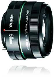A lens with which you can easily enjoy the special photographic effects of bokeh blurring